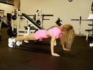 chest strengthening push ups